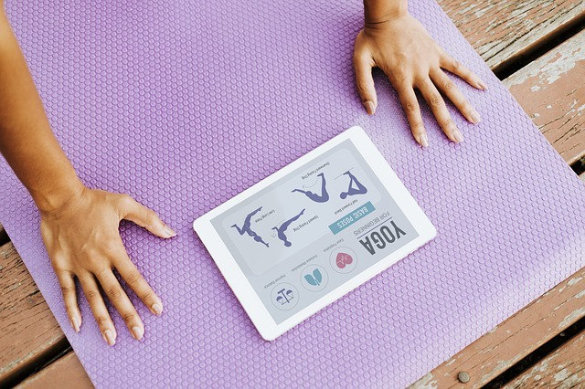 portable-yoga-exercise-equipment-the-camping-nerd