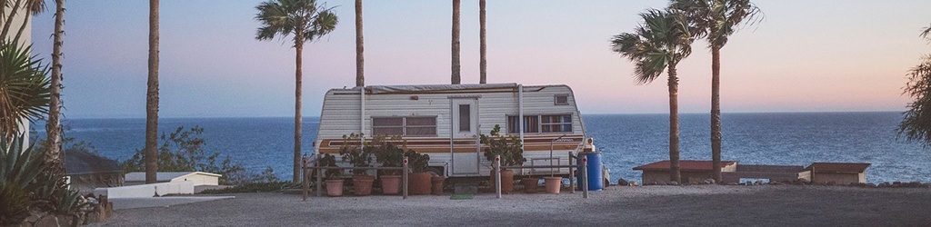 Travel trailer with ultra RV stabilizers