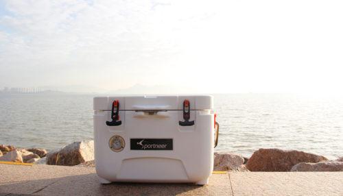 12V cooler outside near water