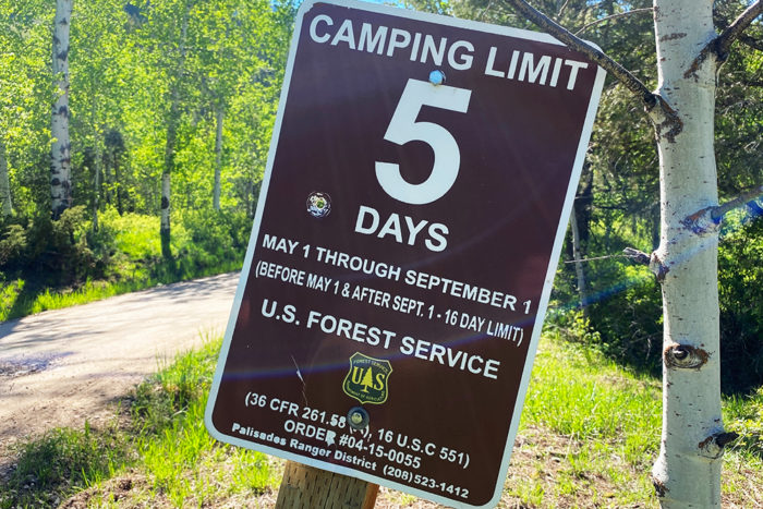 Camping limit sign on Forest Road 281.