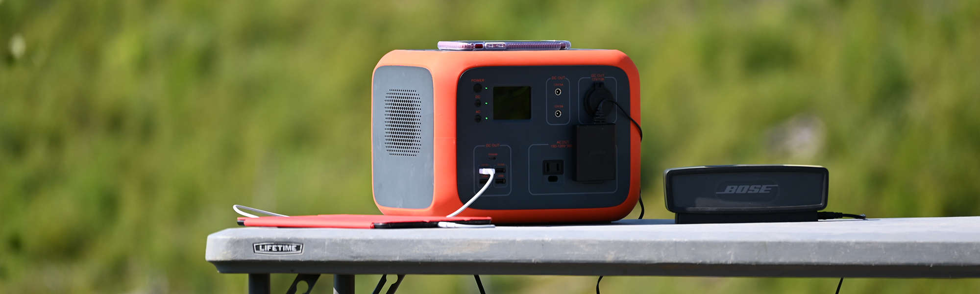 maxoak bluetti ac50 portable power station