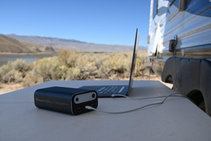 Maxoak AC10 charging Macbook 16 inch