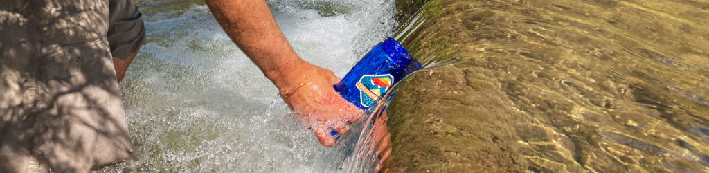simpure-water-filter-bottle-for-camping-safe-drinking-water