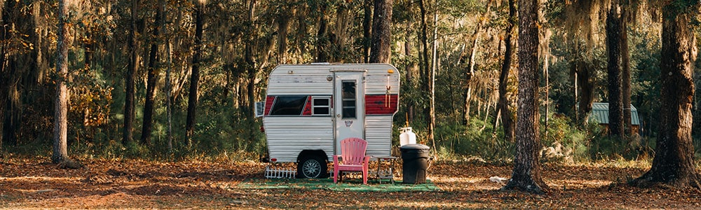 small travel trailer that needs to have the tires aligned