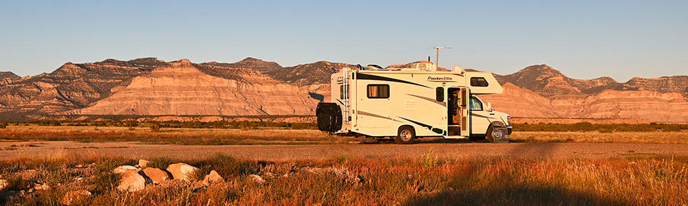 RV parked at campsite on horse canyon road dispersed blm in utah